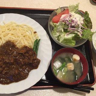 ビーフストロガノフ・スパゲティー添え(レストラン 千味 )