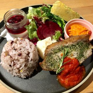 マザームーンプレートライス(マザームーンカフェ 国際会館店 (Mother Moon Cafe))