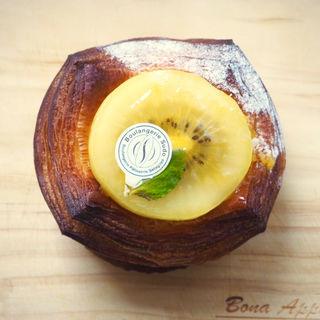 パイナップルとゴールデンキウイのデニッシュ(Boulangerie Sudo (ブーランジェリースドウ))