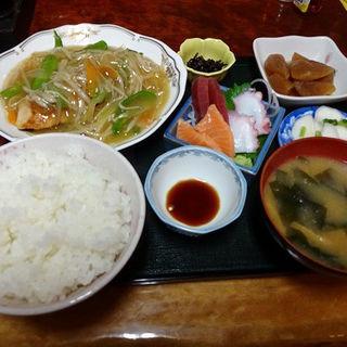 おまかせ定食(と味田 )