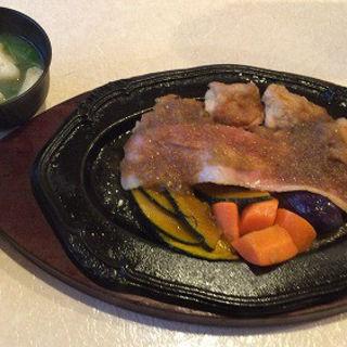 チキン鉄板焼き(レストラン 千味 )