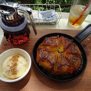 自家製ベーグルのフレンチトースト (土曜日のみ30食限定)(なんじゃもんじゃカフェ (nanjya monjya cafe))