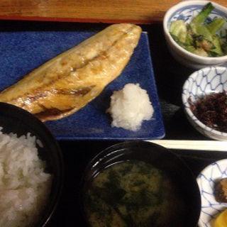 鯖の文化干し定食(高はし )