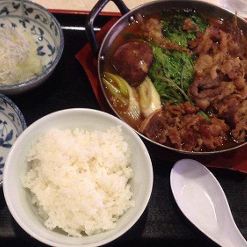 牛すきやき鍋(ご飯少なめ)