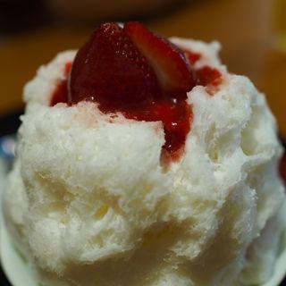 夏のイチゴミルク(茶屋赤鰐 )
