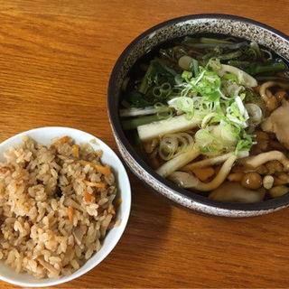 たこ飯(いずみ食堂)