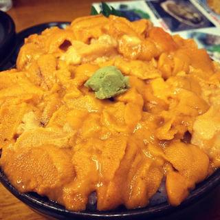 バフンウニ丼(北のどんぶり屋 滝波食堂)
