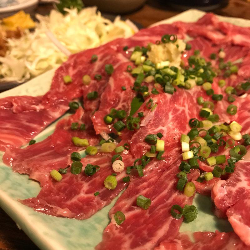 肉本来の甘さや旨味を味わいつくす!東京都でおすすめの生肉8選