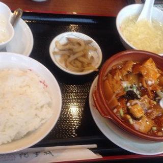 日替わり・豚肉と揚げ豆腐辛味炒め