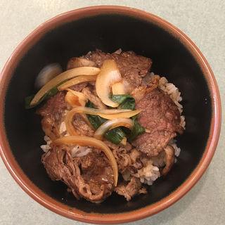 焼肉丼(元祖 平壌冷麺屋 本店 (ヘイジョウレイメンヤ))