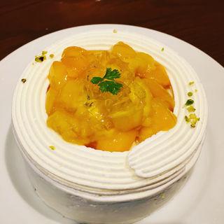 マンゴーケーキのかき氷(セバスチャン)