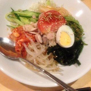 冷やしビビンバ麺(マシソ屋 )