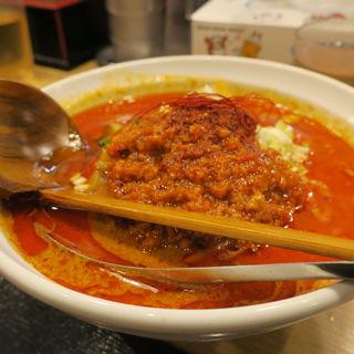 赤の辛口担々麺(麺や 蓮と凛)