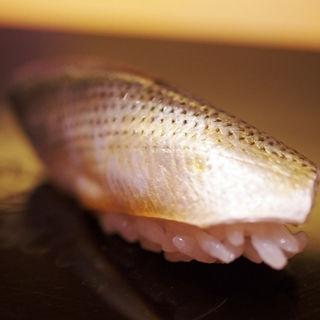 小鰭(鮨 おとわ )