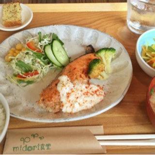 日替わりバランス定食(midori食堂)