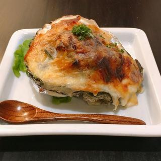 フローレンス風 牡蠣のグラタン(伊勢山の洋食と自然派ワイン パーラーペコペコ)