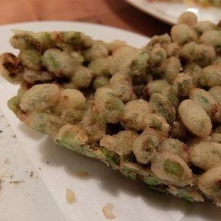 枝豆のフリット(イナロ食堂 )