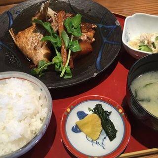 鯛荒炊定食(花季 )