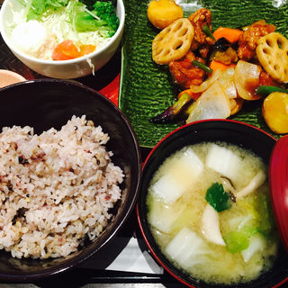 鶏の黒酢あん(大戸屋 広島本通店 (おおとや))