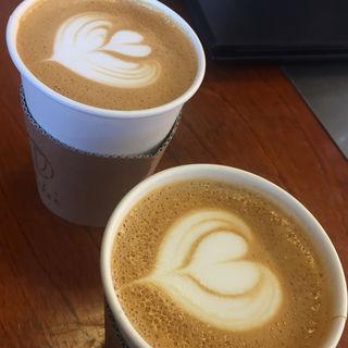 ラテ(NOZY COFFEE 三宿店 (ノージーコーヒー))