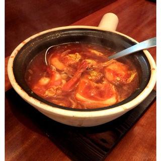 クレイポットのエビとトマトスープ(HILLMAN (ヒルマン))