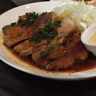 茶美豚のステーキ(クワトロチンクエ 高槻店 (QUATTRO CINQUE))
