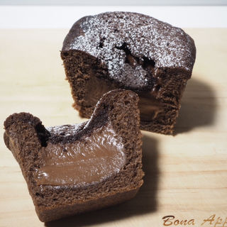 チョコ好きのためのチョコパン(ベーカリー ビバ・オーミヤ )