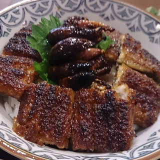 肝入り鰻丼(清月)