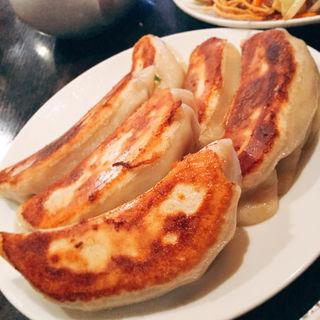 焼き餃子(泰興楼 自由ヶ丘店 (タイコウロウ))