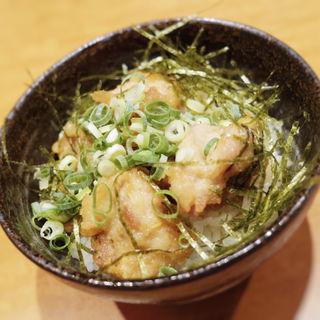 博多 かしわ天丼(博多鶏煮込みらーめん TORORI)