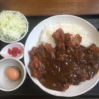 わらじカツカレー(こだわりとんかつ播 )