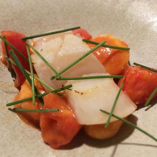 北海ホタテとフルーツトマト生ウニの冷製ニョッキわさび風味(レストラン・ピウ)