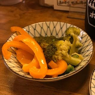 夏野菜の浅漬け(大衆酒場コグマヤ)