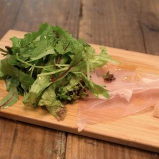 生ハムとグリーンサラダ(Italian kitchen VANSAN(バンサン))