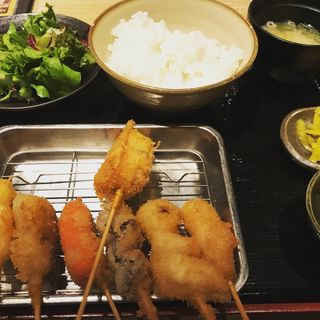 串かつ定食(新世界じゃんじゃん 梅田店 )