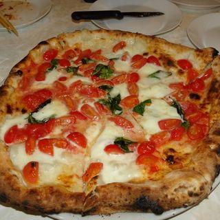 ピッツァ シモーナ(Pizzeria 99 (ノヴァンタノーヴェ))