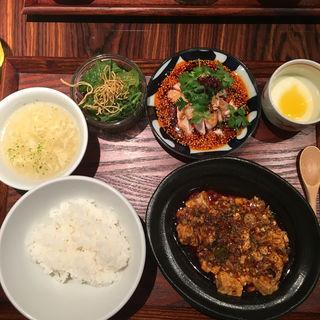 麻婆豆腐ランチ《ミニヨダレドリ付き》(中華旬彩サワダ )