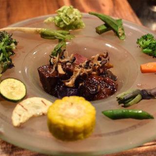 牛ほほ肉の赤ワイン煮込み(ヨシミチ )