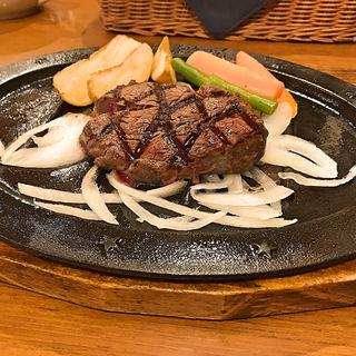 ヒレステーキ 100g(ジョリーオックス 徳山店 )