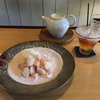 桃のスウプ(カフェ シロイロ (cafe shiroiro))