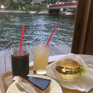 ガトーショコラ(カフェ ド パン (Cafe du Pin))