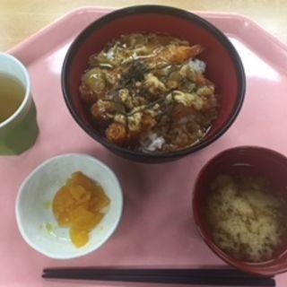 日替り丼(名古屋市役所 西庁舎 地下食堂 (ナゴヤシヤクショ ニシチョウシャ チカショクドウ))