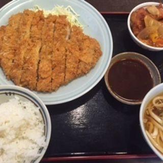 とんかつ定食(三河屋 )