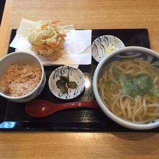 かき揚げ定食(手打ちうどん うえだ )