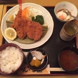 海老ひれかつ定食(とんかつ しおん )