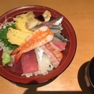 ちらし丼(ふらり寿司 伏見店 )