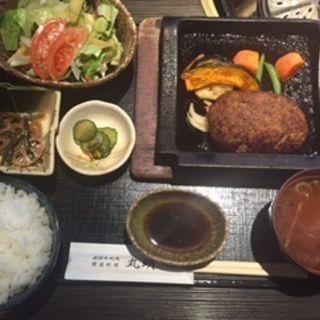 飛騨牛ハンバーグ御膳(飛騨牛焼肉・韓国料理 丸明 )