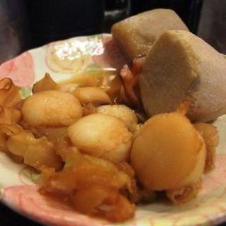 小芋とイタヤ貝とタコの煮物(平野屋 )