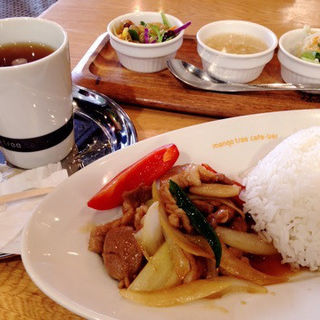 豚肉のオイスター炒め(マンゴツリーカフェ+バー ウィング高輪WEST (mango tree cafe+bar))