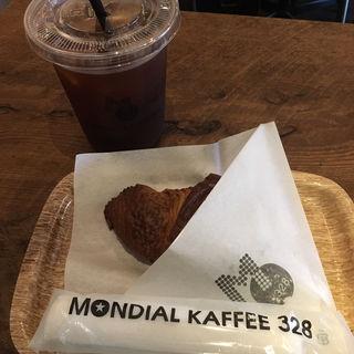 クロワッサン(MONDIAL KAFFEE 328 GOLD RUSH (モンディアルカフェサンニーハチゴールドラッシュ))